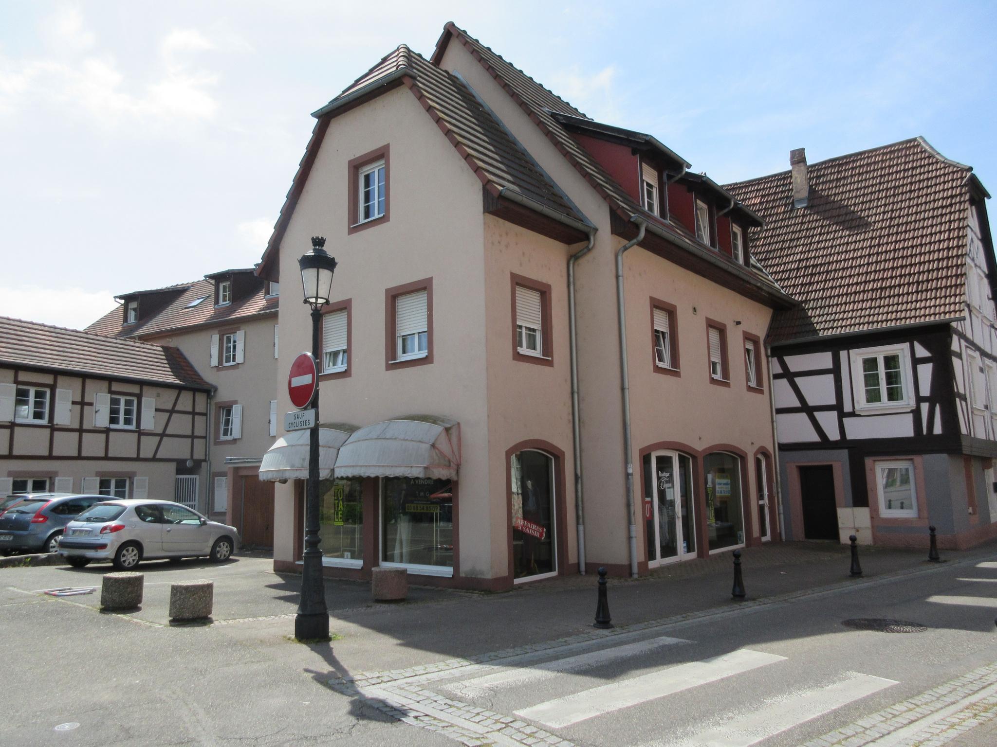 Local commercial centre-ville